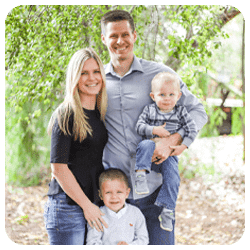 Chiropractor Glendale AZ Dr. Jensen Moore and Family